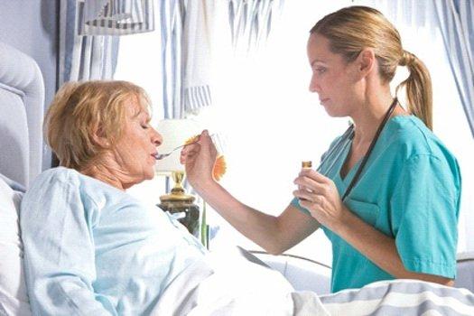 Частный уход за лежачим больным как устроить инвалида в дом престарелых
